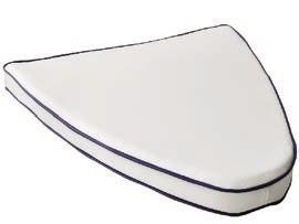 ПОДУШКА Носовая кладовая, ткань ПВХ (белая с темно-синей отделкой) (Д40 см x Ш64 см x В5.5 см)